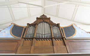 Vooraanzicht orgel kerkje Oudesluis